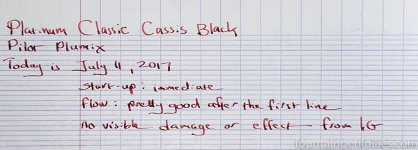 Platinum Classic Cassis Black writing sample